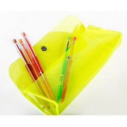 Пенал-косметичка Neon 185*73 мм пластик